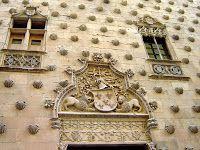 Salamanca - Casa de la Conchas http://bobbovington.blogspot.com.es/2011/11/salamanca.html
