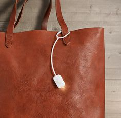 Bag Light: For the person with the biggest, most necessary bag, in your household. #giftsformom