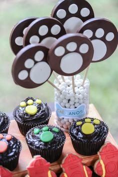 Aniversário de 2 anos do Caê | Macetes de Mãe Minions, Birthdays, Desserts, Paw Patrol, Anna, Party Ideas, Birthday Party Ideas, Ideas Party, 2 Year Anniversary
