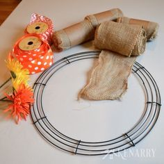 This is great! Easy step-by-step tutorial teaches how to make a burlap wreath using two different accent ribbons. Beautiful craft for holiday and everyday home decor! Baseball Burlap Wreath, Softball Wreath, Burlap Crafts, Wreath Crafts, Diy Wreath, Wreath Burlap, Wreath Ideas, Diy Ribbon, Burlap Ribbon