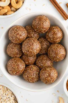 Healthy Dessert Recipes, Vegan Snacks, Easy Snacks, Healthy Snacks, Vegan Recipes, Cooking Recipes, Healthier Desserts, Date Recipes Breakfast, Breakfast Snacks