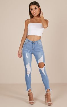 Party Outfit For Teen Girls, Outfits For Teens, Baddie Outfits Casual, Pretty Outfits, Cute Outfits, Denim Skirt Outfits, Perfect Jeans, Attractive Girls, Clothing Sites