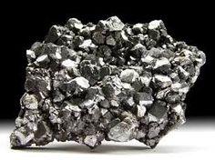 Toto je hornina jménem galenit