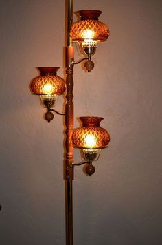 Vintage 60s 70s Tension Pole Lamp w/Amber Glass Shades 3 Way Switch