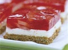 Recipe, grocery list, and nutrition info for Strawberry Pretzel Squares A crushed pretzel crust is topped with layers of fluffy cream cheese and strawberry-laced strawberry gelatin in this chilled dessert classic. Pretzel Desserts, Köstliche Desserts, Delicious Desserts, Yummy Food, Pudding Desserts, Cheesecake Desserts, Sweet Desserts, Yummy Recipes, Salad Recipes