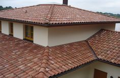 La Escandella Ceramica - Curvado Range - Colour: Galia