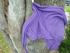 Ravelry: I Heart Lace pattern by Inese Andzane Shawl Patterns, Lace Patterns, Baby Knitting Patterns, Crochet Patterns, Crochet Shawls And Wraps, Knitted Shawls, Lace Knitting, Knit Crochet, Woven Scarves