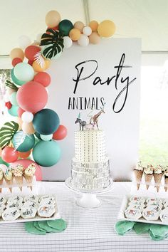 birthday party decorations 141441244534988840 - Modern Party Animal themed birthday Source by Celebrationstylist First Birthday Party Themes, Safari Birthday Party, Animal Birthday, 1st Boy Birthday, Paris Birthday, Disney Birthday, 1st Birthday Party Ideas For Girls, 1st Birthday Ideas For Boys, 1st Birthday Girl Party Ideas