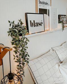 Sélection Dear Sam : une autre façon de mettre en avant ses affiches - Black Confetti Stockholm, Home And Deco, Facon, About Me Blog, Homemade, How To Plan, House, Room Ideas, Home Decor