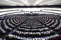 EU-Parlament in Straßburg: Abstimmung mit den USA! - #Freihandelsabkommen #TTIP: #USA sollen bei #EU-Gesetzen mitreden http://www.spiegel.de/wirtschaft/unternehmen/freihandelsabkommen-ttip-usa-sollen-bei-eu-gesetzen-mitreden-duerfen-a-1015117.html http://www.umweltinstitut.org/aktuelle-meldungen/meldungen/ttip-usa-sollen-mitspracherecht-bei-europaeischer-gesetzgebung-erhalten.html