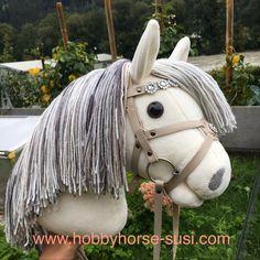 Hobby Horse, Hair Styles, Beauty, Hobbies, Handarbeit, Sustainability, Hair Plait Styles, Hair Makeup, Hairdos