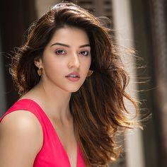 New Fashion : Bollywood girls Beautiful Girl Photo, Cute Girl Photo, Beautiful Girl Indian, Most Beautiful Indian Actress, Stylish Girl Images, Stylish Girl Pic, Beautiful Bollywood Actress, Beautiful Actresses, Beauty Full Girl