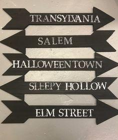 The Pumpkin Queen of Halloween Halloween Signs, Halloween Projects, Diy Halloween Decorations, Halloween House, Halloween Treats, Halloween Pumpkins, Fall Halloween, Happy Halloween, Halloween Party