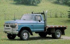 1977 Ford F 350 Pickup left