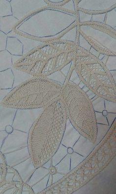 Romanian point lace in progress … Filet Crochet, Freeform Crochet, Crochet Motif, Irish Crochet, Crochet Lace, Lace Patterns, Cross Stitch Patterns, Needle Lace, Lace Knitting