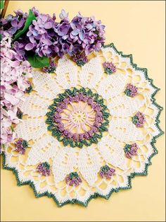 Free Pattern: Victorian Flowers Doily