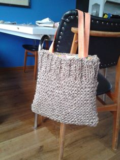 E-mail - Ieske Slieker - Outlook Tote Bags Handmade, Handmade Handbags, Hand Knit Bag, Hello Kitty Imagenes, Diy Sac, Summer Knitting, Craft Bags, Linen Bag, Crochet Handbags