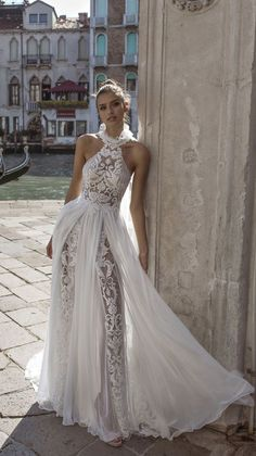 Stunning wedding dress with amazing details - Halter neck a-line sexy wedding dress Greek Wedding Dresses, Stunning Wedding Dresses, Bridal Dresses, Wedding Gowns, Bridesmaid Gowns, Gala Dresses, Sensual, Marie, Dress Wedding