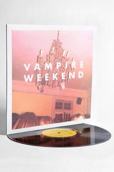 Who doesn't love a little : Vampire Weekend - Vampire Weekend LP