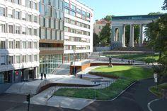 The dead end Schandorff street in the center of Oslo was converted from car parking lot to an urban green space by Østengen & Bergo AS    Landscape Architect: Østengen & Bergo AS
