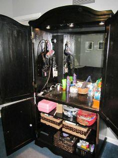 DIY bedroom vanity out of armoiur! So cute for a teenage girl