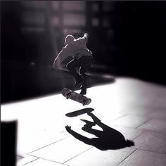 SKATER #skating #blackandwhite #mobility #urban #skaterboy #skateboard