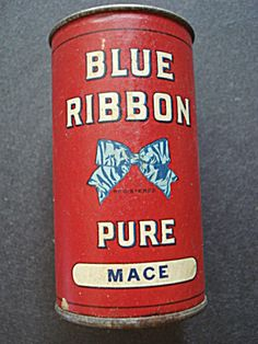 Blue Ribbon Spice Tin Spice Tins, Old Spice, Vintage Tin Signs, Spice Containers, Vintage Trunks, Product Labels, Vintage Packaging, Tea Tins, Tin Cans