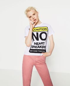 Image 5 of SIGNS PRINTED T-SHIRT from Zara