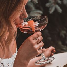 Don't leave your next night out to chance. ⠀ Join us for our all-inclusive Hidden Bars tour, and discover some of the best the city has to offer. ⠀ ⠀ To find out more or book a tour, click the link in our bio. Cocktail Club, Signature Cocktail, Paso Robles Wineries, Alcoholic Drinks, Cocktails, Beverages, Beautiful Lips, Brand Packaging, Boyfriends