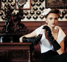Palace girl. Prague, Retro Fashion, Palace, Punk, Style, Swag, Palaces, Punk Rock, Fashion Vintage