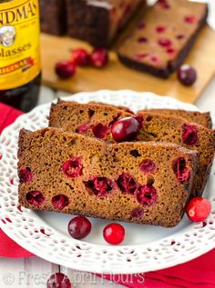 Cranberry Gingerbrea
