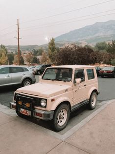 Future Trucks, Future Car, My Dream Car, Dream Cars, Classic Trucks, Classic Cars, Car Restoration, Car Goals, Jeep Cars