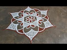 Rangoli Border Designs, Small Rangoli Design, Rangoli Designs Images, Rangoli Designs With Dots, Ruby Necklace Designs, Sankranthi Muggulu, Rangoli Simple, Rangoli Borders, Wedding Hall Decorations