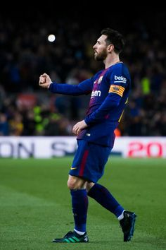 Lionel Messi Photos - Lionel Messi of FC Barcelona celebrates after scoring the opening goal during the La Liga match between Barcelona and Leganes at Camp Nou on April 2018 in Barcelona, Spain. - Barcelona v Leganes - La Liga Messi Vs Ronaldo, Messi 10, Fc Barcelona, Omar Ramos, Lionel Messi Wallpapers, Fifa, Messi Soccer, Football Pictures, Latest Sports News
