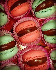 Macarons con  Relleno de Dulce de leche Mini Pony, Relleno, Macarons, Muffin, Candy, Breakfast, Sweet, Food, Panna Cotta