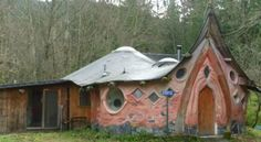 The Yogurt - a wonderful cob house!