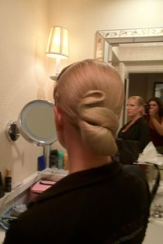 Ballroom competition hair Perfectly styled hair is an important part of the overall look for ballroom dance competitors. Ballroom Hair stylists can get very creative. Dance Hairstyles, Retro Hairstyles, Easy Hairstyles, Updo Hairstyle, Wedding Hairstyles, Celebrity Hairstyles, Dance Competition Hair, Competition Makeup, Ballroom Dance Hair