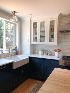 Styling Glass Kitchen Cabinets (Kylee's House Update) Glass Kitchen Cabinets, Glass Front Cabinets, Kitchen Reno, Kitchen Design, Kitchen Ideas, Kitchen Remodeling, White Dishes, Kitchen Colors, Room Inspiration
