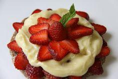 Strawberry Cream Pie #Raw #Gluten Free #vegan