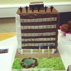 South Tower with Vice Chancellor John Coyne. This amazing cake was made for a staff Bake-Off Comic Relief event at University of Derby. Photo by #derbyuni
