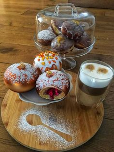 Polish Donut, Blown Glass, Glass Ornaments, Donuts, Desserts, Food, Frost Donuts, Tailgate Desserts, Deserts