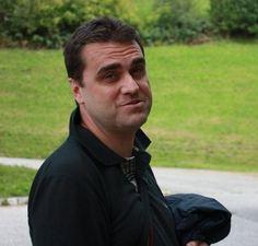 Francesco Malagnini - #Taranto Per informazioni e per contattarmi visita il mio sito web http://www.infobellezza.com/francescomalagnini  Salve, mi chiamo Francesco Malagnini e sono un piccolo imprenditore di Taranto. Mi occupo di vendita diretta e, in particolare, di prodotti di qualità afferenti la salute e la cura dell'ambiente in generale. Ad un certo punto, al trattamento di aria ed acqua e all'estrazione di succhi di frutta e verdura a freddo a bassa velocità