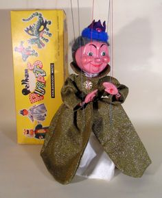 TYPE SL QUEEN 1963 TAGGED - The Vintage Pelham Puppet Shop