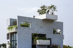 Image 15 of 21 from gallery of Binh House / Vo Trong Nhia Architects. Photograph by Hiroyuki Oki