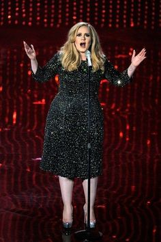 """Congratulations to Adele & Paul Epworth! """"Skyfall"""" scores the Oscar for first original song win in the 50 year history of James Bond movies. Adele performed the song during the show. Vestidos Adele, Curvy Fashion, Plus Size Fashion, Style Fashion, Oscar 2013, Adele Style, Adele Photos, Adele Dress, Flattering Outfits"""