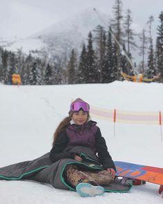 """Outdoor Blankets For Everyone na Instagrame: """"@evkasnb nasa najmladsia ambasadorka miluje snowboarding a hory. Oddychnut aj zabavit sa vie s W H I T E D O G t r a v e l W R A P www.whitedog.sk #whitedogsk #travelwrap #hory #strbskepleso #vysoketatry #tatry #sneh #snowpark #snowboarding #relax #deka #blanket #zima #zohreje #ochrani #nepremoka #vietor #nezdola #insta_svk #instaslovakia #slovakia #slovensko #slovakiatravel #dnescestujem #dnesnosim #dnes_cestujem #pureslovakia"""""""