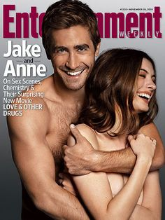 """Jake Gyllenhall & Anne Hathaway in Entertainment.. That one scene in """"Love and other drugs"""" DAAAAIME!!!!"""