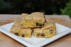 "Easy Blondies.  Oh Pink Mixer lady, you are clever.  As one who likes to ""cheat"" bake, this is fantastic."