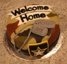 Military - Army welcome home camouflage cake. Making for my best friend, fellow battle, Army Cake, Military Cake, Military Army, Army Mom, Welcome Home Cakes, Welcome Home Parties, College Graduation Cakes, Camouflage Cake, Military Welcome Home