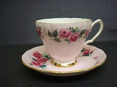 Pretty Vintage Teacup Set by Colclough China by Goodoldjewelry, $22.00